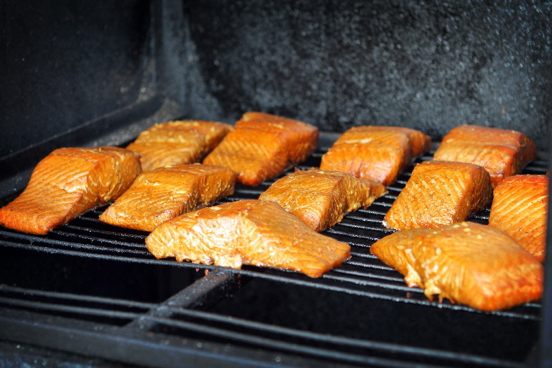 How Long to Smoke Salmon in an Electric Smoker