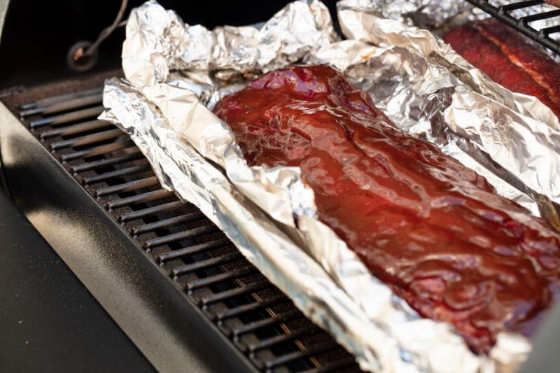 Sweet Grilled Ribs Using foil