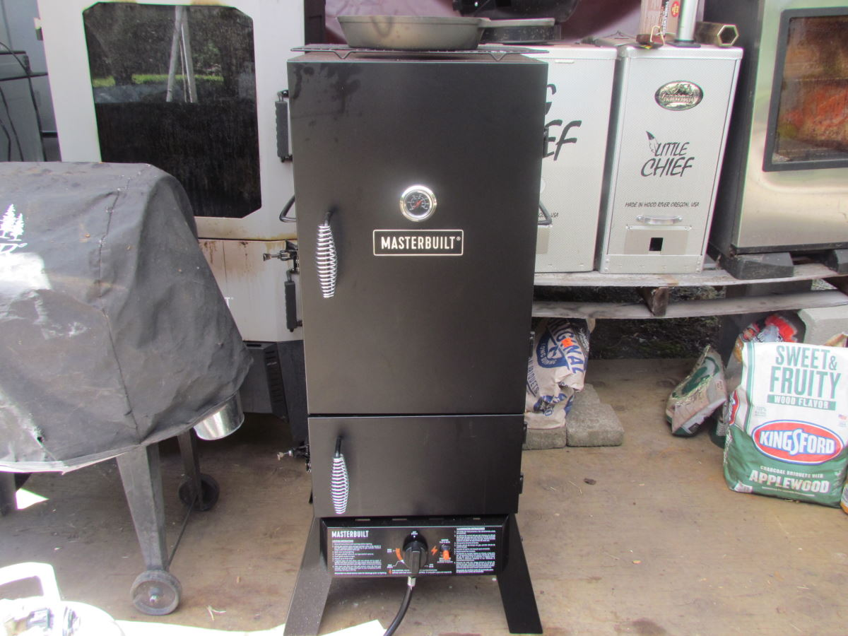 How to use a Masterbuilt Propane Smoker: A Beginners Guide